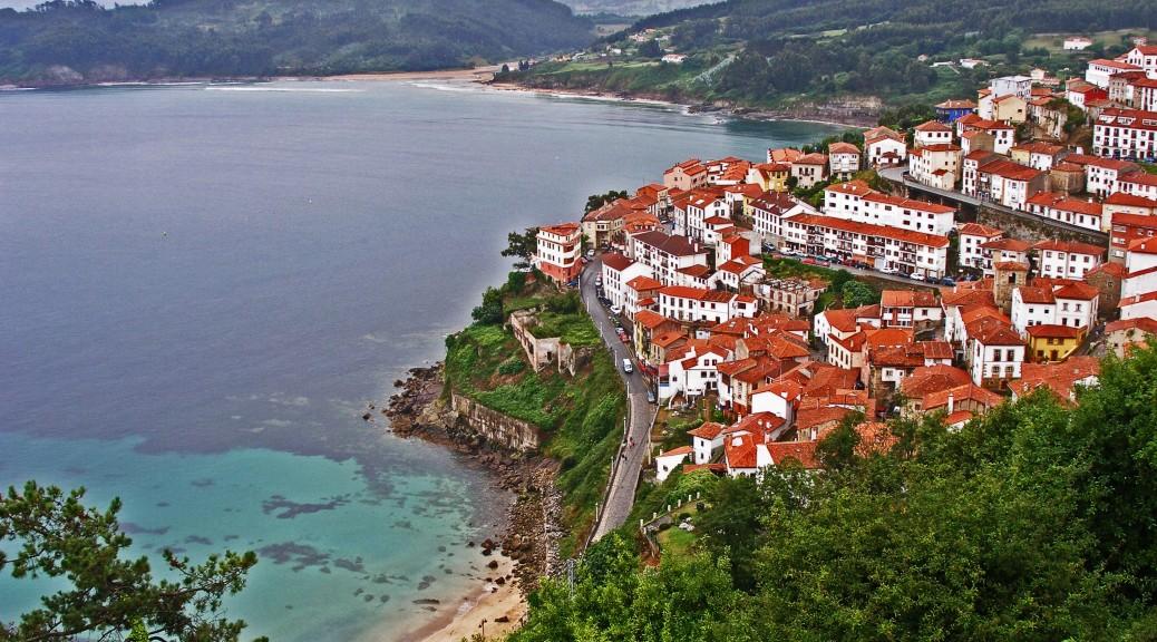Asturias-Lastres-y-la-Griega