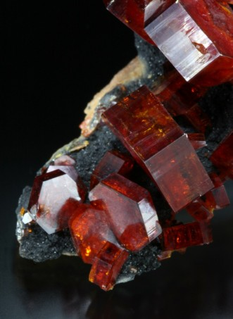 Top quality vanadinite