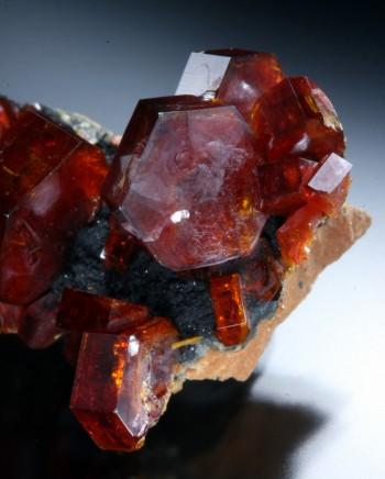 Top quality vanadinite